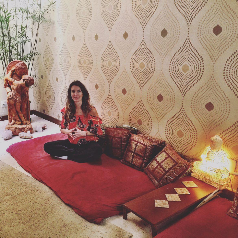 Fefê Rosada na Yoga Flow, um espaço muito bacana para prática de yoga